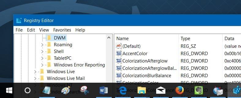 Obtener barra de título de color sin cambiar la barra de tareas e iniciar Windows 10