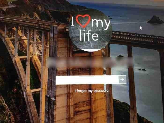 Restablecer la contraseña de la cuenta de Microsoft desde la pantalla de inicio de sesión de Windows 10 (1)