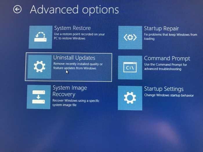 Desinstalar actualizaciones de Windows 10 cuando el PC no está arrancando (4)