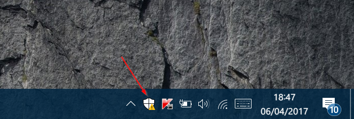 quitar el icono del centro de seguridad de windows defender de la bandeja del sistema en Windows 10 pic1